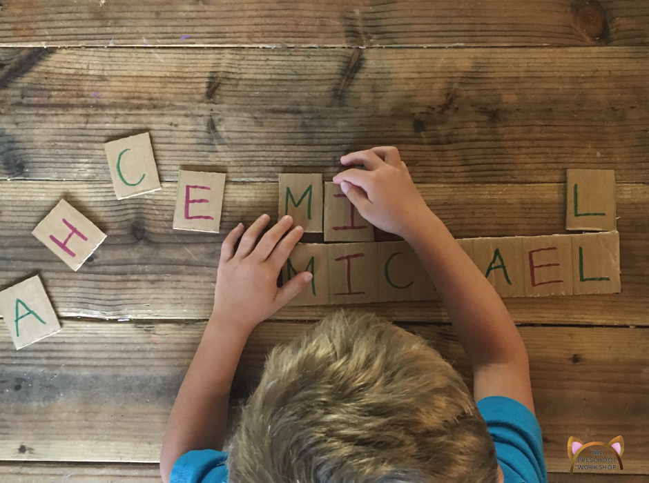 10+ fun and simple name writing activities for your preschooler that will teach her how to write and recognize the letters in her name!